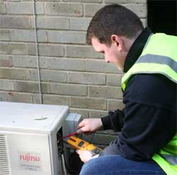 Aria AC Engineer carrying out service and maintenance